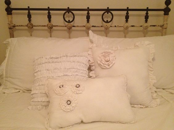My sister made me these Beautiful shabby chic white throw pillows for my #wrought-iron #antique ...