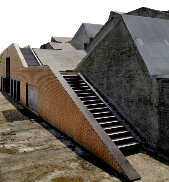 BRICK School of Architecture at Pune by Architect Girish Doshi