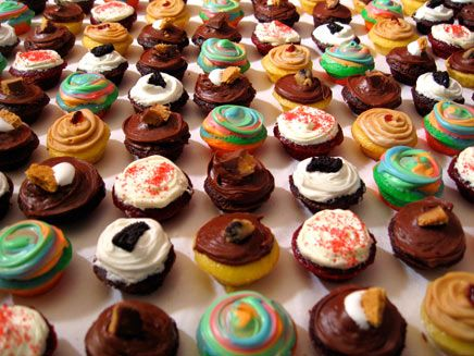 Baked by Melissa..best mini cupcakes ever, locations only in NYC!!! They are amazingly good for such a small thing!