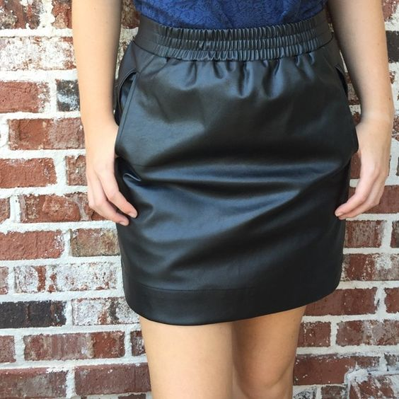 Faux Leather Skirt w Pockets! NWT   Casual, Work on and Night out