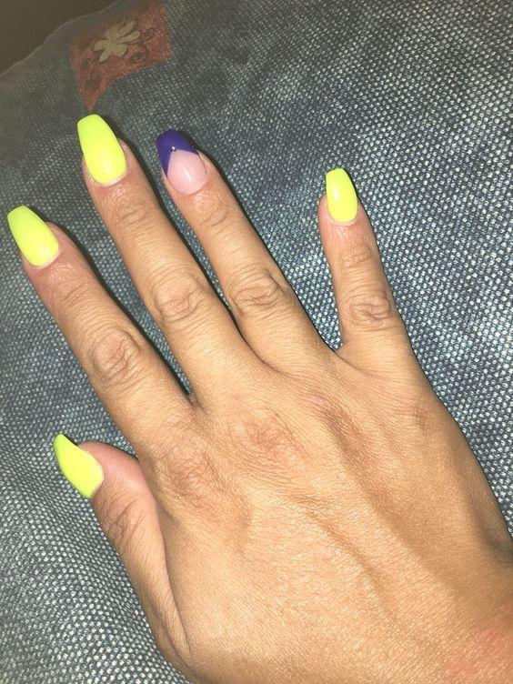 Nails neon-unghie giallo fluo