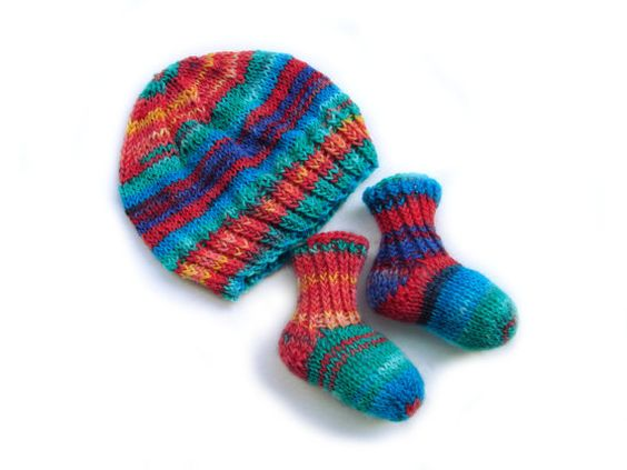 Thin wool rainbow hat and socks choose your size by TinyOrchids  #babyshower #babyhat #babysocks #handknit