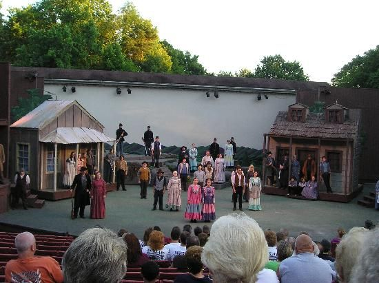 Theatre West Virginia - Hatfields and McCoys