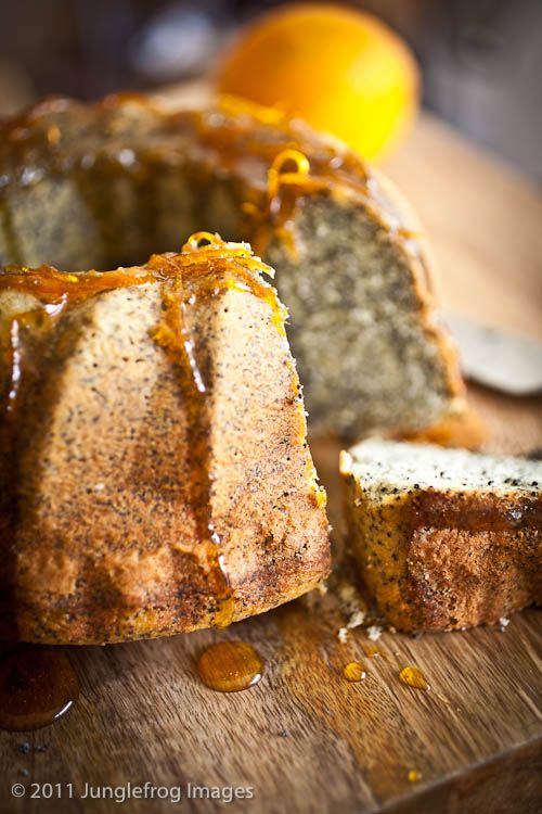 Orange and poppyseed bundt cake