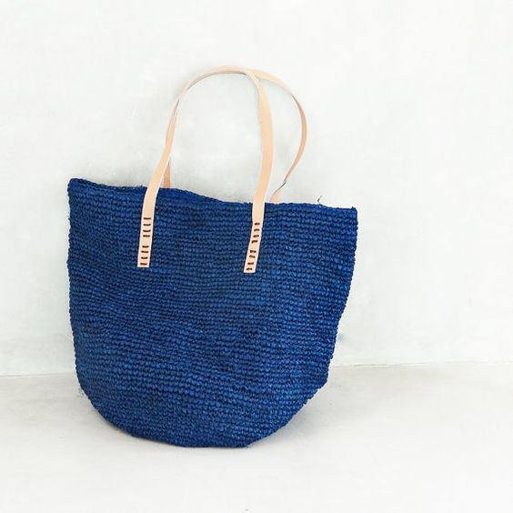 Beach bag Large Straw Beach Bag by MOOSSHOP on Etsy, $39.95