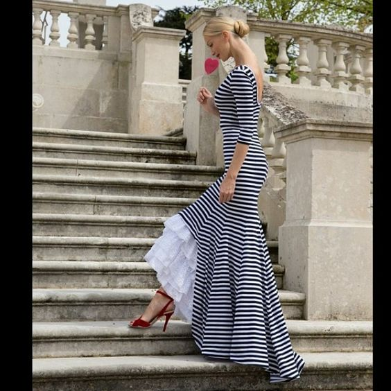 I L❤️❤️❤️❤️VE this dress!