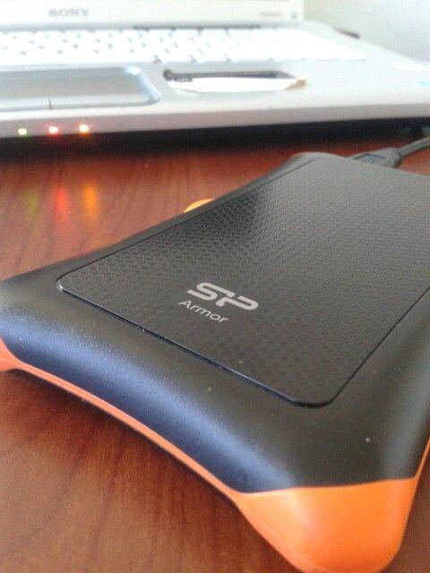 @reparamos compus: Generando #Backup de laptop Sony en un disco duro externo anti-todo como caídas, golpes, líquidos #ReparamosCompus