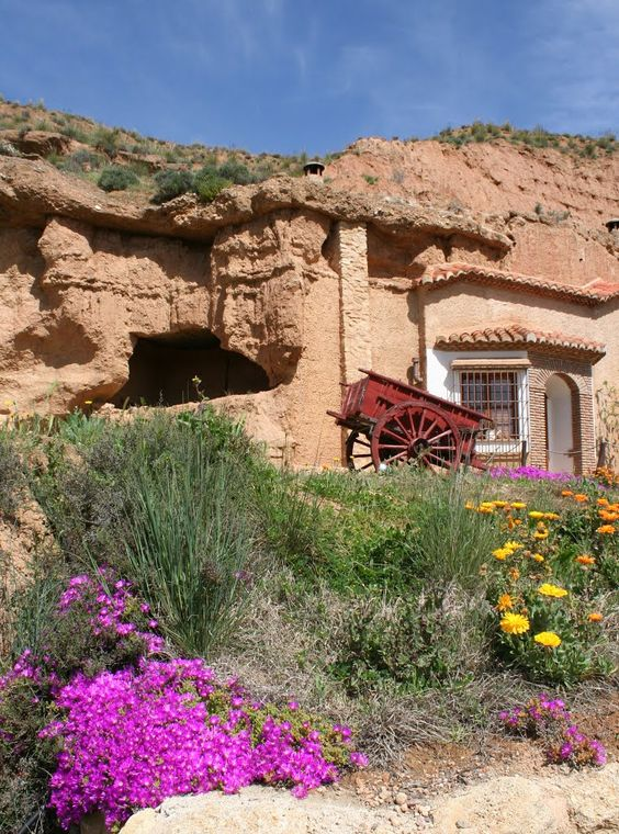 Cuevas de Purullena (Granada) Spain