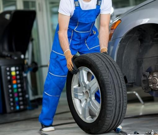 24 Hour Tire Change Flat Tire Repair And Cost Service In Papillion