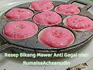 Resep Bikang Mawar Anti Gagal Oleh Rumaisaachsanudin Cookpad In 2020 Chocolate Oatmeal Bars Layered Salad Recipes Food