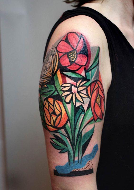 Inspirado pela obra de Gustav Klimt, Egon Schiele e Pablo Picasso, Peter Aurisch, com sede em Berlim, cria incríveis tatuagens cubistas.