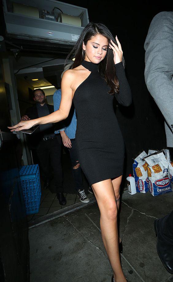 Selena Gomez — SEE PICS