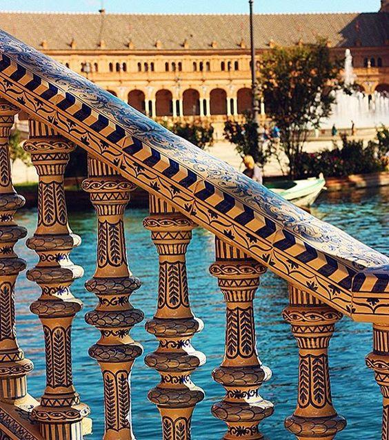 #detail #mosaic #patterns #bridge #craft #oldtown #blue #summer #sevilla #seville #igerssevilla #igersspain #igspain #shotsofspain #españa #enjoyeurope #europe