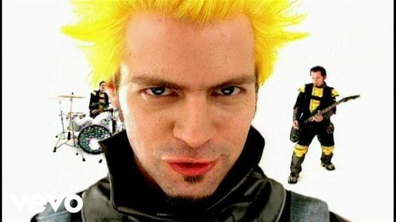 Powerman 5000 - Nobody's Real