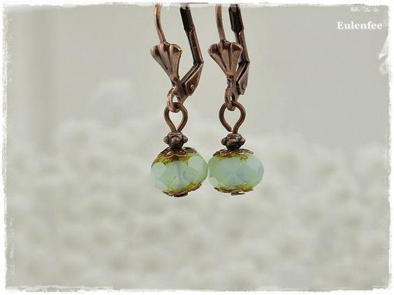 **Zauberhafte zarte Glasperlen Ohrringe in türkis/kupferfarben ♥**  **Merkmale:** - Metallelemente kupferfarben - Facettierte Glasperlen - Länge der Ohrringe ca.3cm - Perle ca.8mm x 6mm
