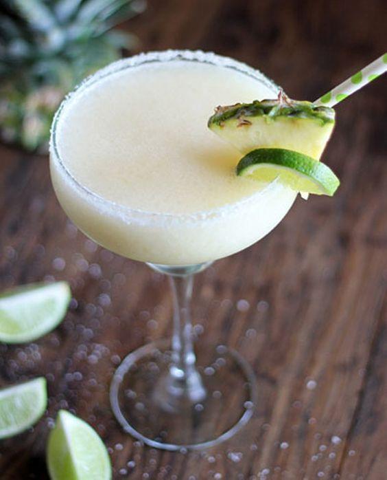 Margarita ghiacciato al cocco e ananas xxx
