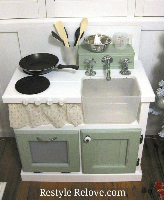 Restyle Relove: DIY Kids Wooden Kitchen