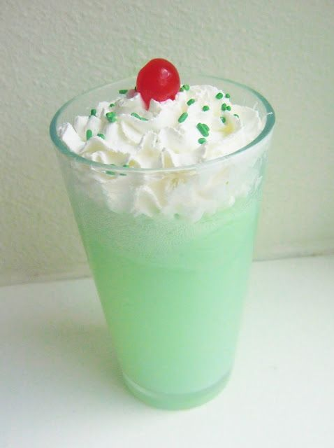 Lucky Lime Float..yummy!