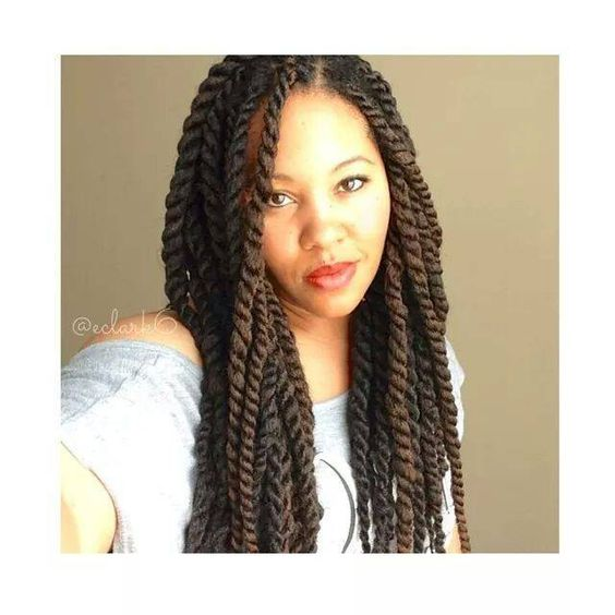 Vlogger, EClark6 demonstrates a more natural way to start Marley Twists or Havana Twists (read more about the difference between Marley Twists and Havana Twist here) with the invisible root method....