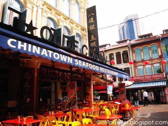Một cửa hàng trên phố ẩm thực Chinatown