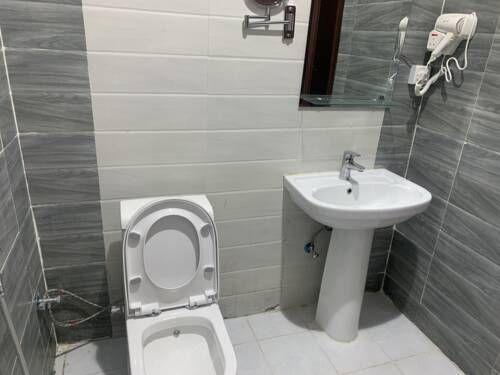 الريـم فنادق السعودية شقق فندقية السعودية Bathroom Toilet