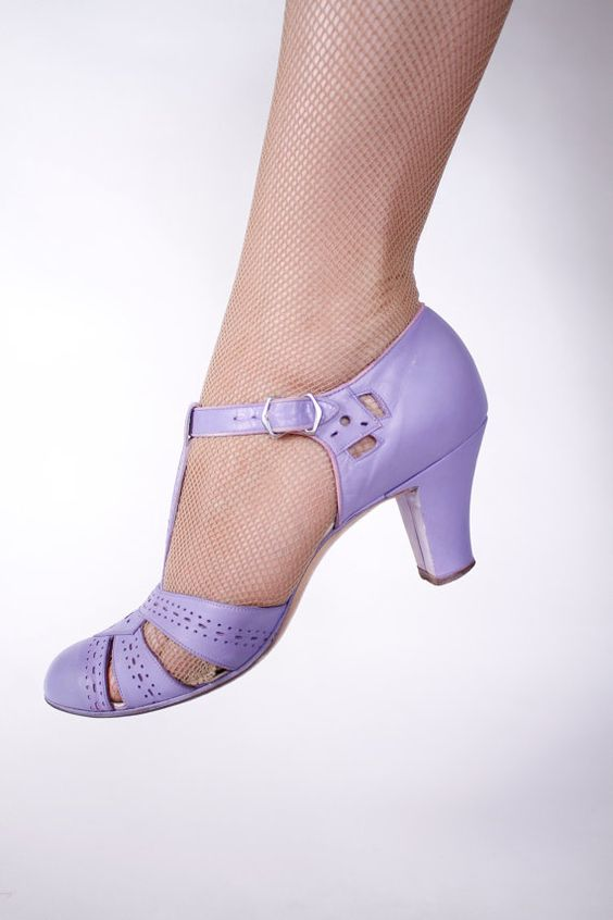 1930s Vintage Shoes - Gorgeous Periwinkle Purple T-Strap Heels ...
