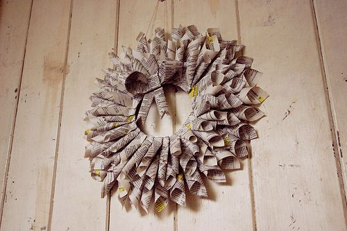 didn't have any newspaper so I used an old local directory :) I also ... - See more stunning DIY Chrsitmas Wreaths at DIYChristmasDecorations.net!