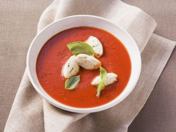 Sammlung von Tomatensuppen | eatsmarter.de