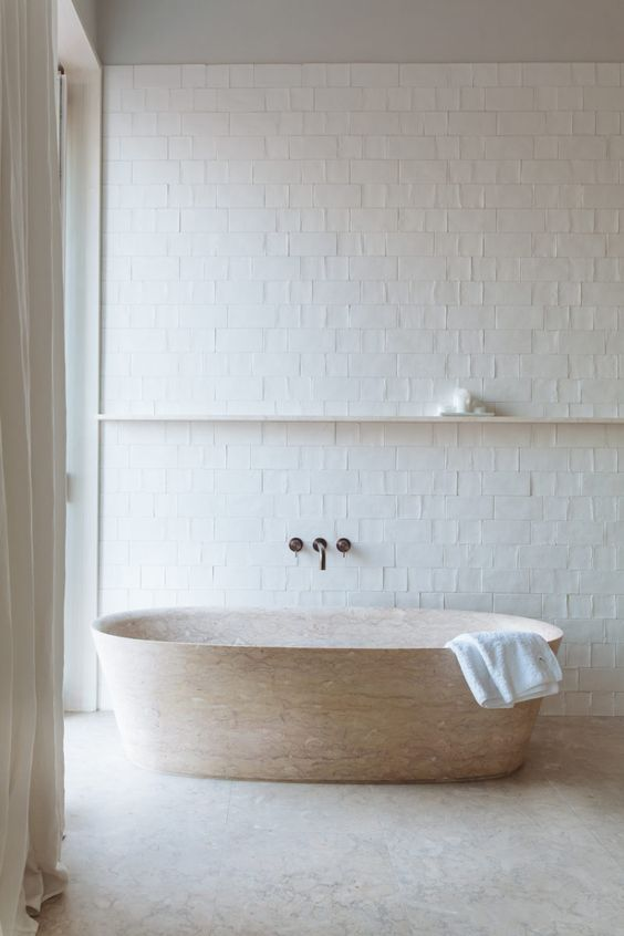 Lioz limestone bathtub Piba Marmi banheira ovale collection Escavo by Manuel Aires Mateus