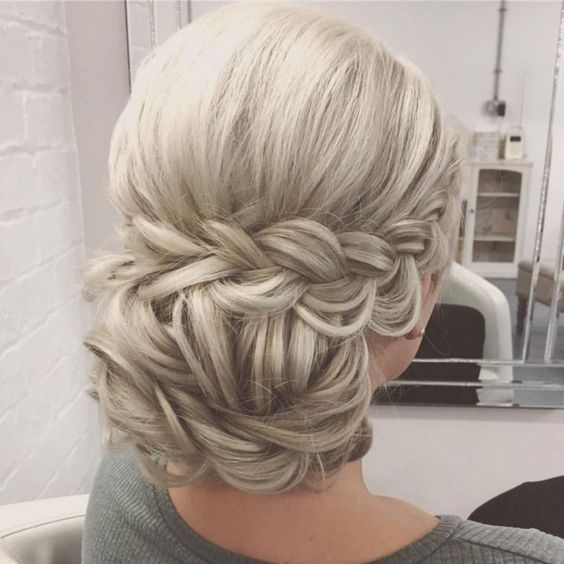 Bridal Low Bun With Twists And Braids Perfect Style For A Two Tier Gabriela Veil The Comb Just Slides Into The Low Bu Hair Styles Long Hair Styles Guest Hair