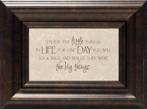Enjoy the Little Things? Framed Textual Art
