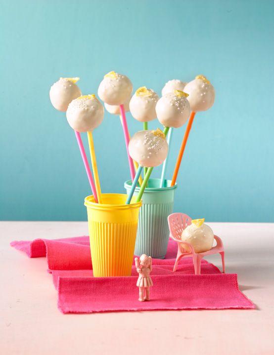 Lemon Cake Pops - leckere Mini-Zitronenkuchen
