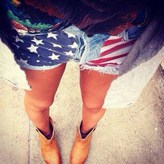 I need to get these- and I prefer that they be high waisted. So cute and perfect for July 4th :)