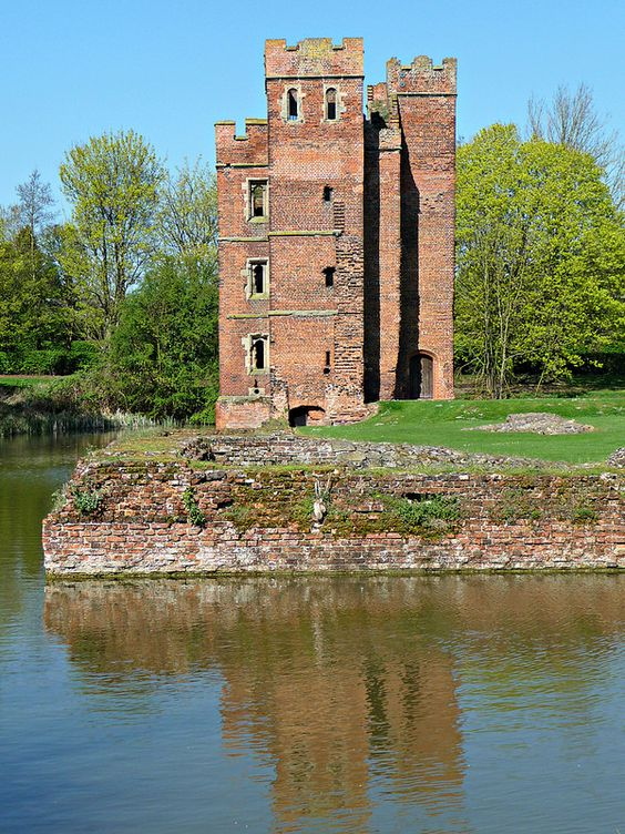 Kirby Muxloe Castle, known also as Kirby Castle is an unfinished 15th century…