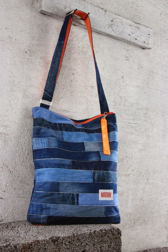 Bag made of recycled jeans.: