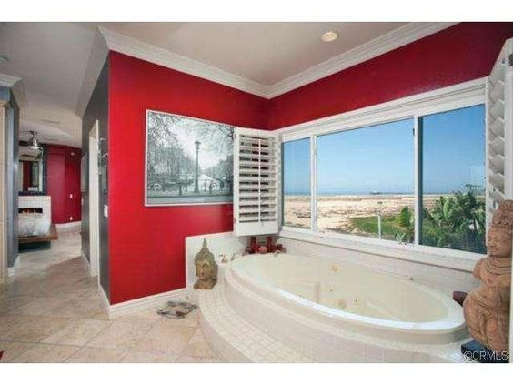 A spa tub coupled with an ocean view, doesn't get more relaxing than that!