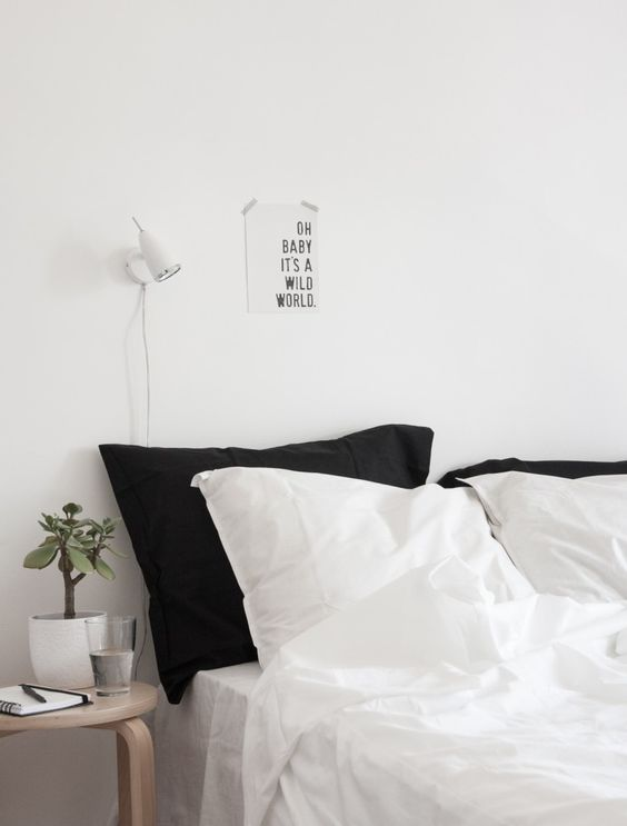 Minimalist bedroom bedrooms and bedroom ideas on pinterest for Minimalist bedroom pinterest