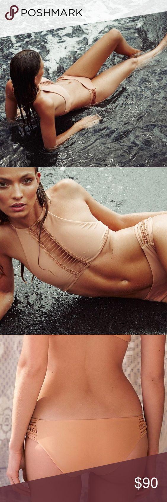 Acacia Bingin bottom in Topless Acacia Bingin bottom in Topless acacia swimwear Swim Bikinis