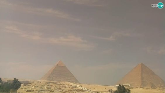 Live Webcam Cairo - The Pyramids of Giza and the Sphinx