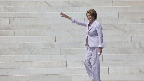 Nancy Pelosi urges FCC to reclassify broadband as a utility