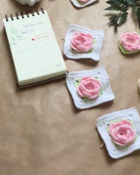جمعة مباركة ابن القيم تصاميم تصميمات صور جدة تصوير خط فنون فن كروشيه ورود جمال شجر طبيعة Natural Green Crichet Flowers Pink Pink Photo Calligraphy Art Flowers