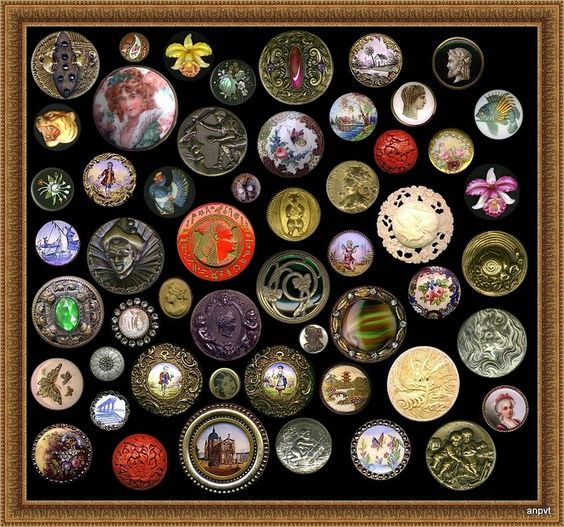 ButtonArtMuseum.com - Antique Buttons, Assorted Materials. Enamel, Glass, Brass, Porcelain,  Hand Painted, Satsuma, Horn and Ivory.