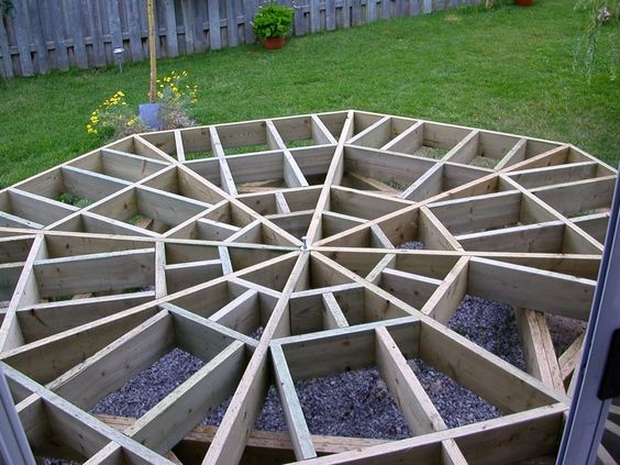 Diy octagonal deck 13 backyard fantasy pinterest for Octagon deck plans free