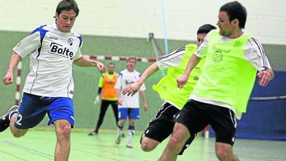 Hallenfußball: Start mit Klassiker | Regionalsport