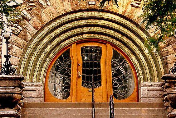 Art Nouveau  Kansas City Art Institute, Kansas City, Missouri.