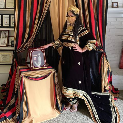 Queen Of Sheba Fashion Queenofshebafashion1 Instagram Photos And Videos Yemen Clothes Yemeni Clothes Traditional Outfits