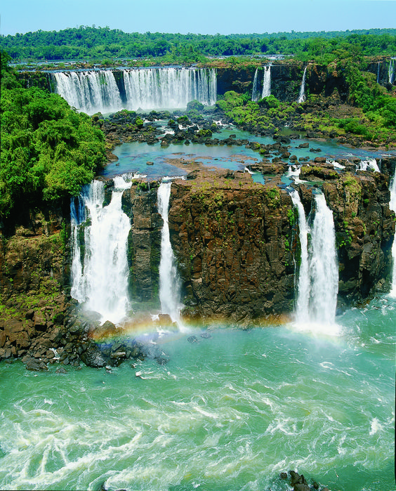 From Ipanema Beach to Iguazu Falls, visit #Brazil on one of our 80+ weekly flights! #AAdvantageOperative