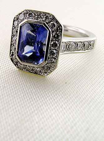 :(: Vintage Sapphire, Sapphire Rings, Antique Style, Vintage Rings, Sapphire Diamond Rings, Sapphire Diamonds, Engagement Rings, Bling Bling, Amazing Jewelry