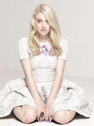 Dakota Fanning Covers InStyle UK December 2012