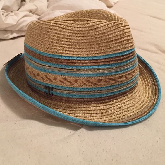 Brand new fedora! Never worn! Great quality, perfect for summer or vacation!! Francesca's Collections Accessories Hats